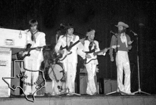 Beach Boys Feb 8 1969 At Houston Music Hall Rockin