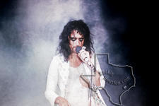 Alice Cooper - Apr 29, 1973 at Sam Houston Coliseum