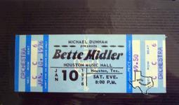 Bette Midler - Jan 10, 1976 at Houston Music Hall