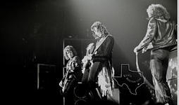 Starz - Jul 11, 1976 at Sam Houston Coliseum