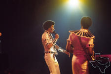 Commodores - Feb 1976 at Hofheinz Pavilion