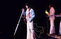 Elvis Presley - Aug 28, 1976 at The Summit