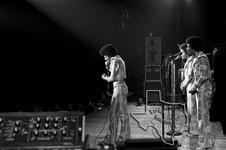 Jacksons [Jackson 5, Michael Jackson] - Apr 1977 at Sam Houston Coliseum