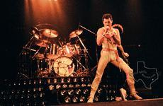 Queen - Aug 20, 1982 at The Summit
