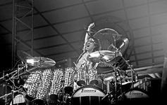 Van Halen - Jul 10, 1984 at The Summit