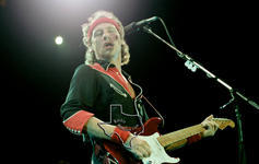 Dire Straits - Aug 17, 1985 at Astroworld / Southern Star