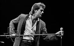Huey Lewis - Sep 23, 1986 at The Summit