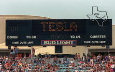 Tesla - Jun 20, 1987 at The Cotton Bowl - Dallas, Texas