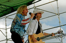 Cheap Trick - Jun 25, 1988 at Houston Astrodome