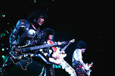 Kiss - Jun 21, 1988 at The Summit