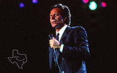 Julio Iglesias - May 4, 1991 at The Woodlands Pavilion