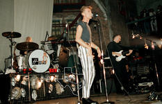 Tin Machine / David Bowie - Dec 9, 1991 at Back Alley