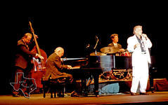 Tony Bennett - Aug 28, 1994 at The Woodlands Pavilion