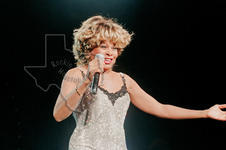 Tina Turner - Jun 6, 1997 at Starwood Amphitheatre, Nashville, Tennessee