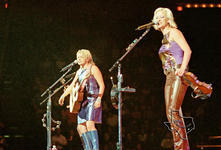 Dixie Chicks - Aug 13, 2000 at The Compaq Center, Houston, Texas
