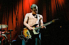 Red Hot Chili Peppers - Jun 5, 2000 at The Compaq Center, Houston, Texas