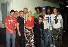 No Doubt (with U2) - Nov 25, 2001 at Dallas Reunion Arena