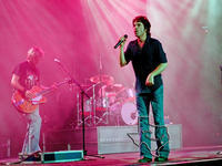Train - Jul 17, 2002 at The Woodlands Pavilion