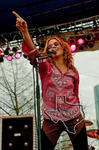 Sheryl Crow - Apr 6, 2002 at Eleanor Tinsely Park, Houston, Texas