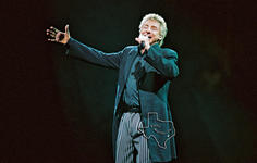 Barry Manilow - Nov 17, 2004 at Toyota Center