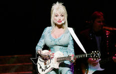 Dolly Parton - Dec 5, 2004 at Toyota Center