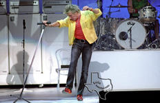 Rod Stewart - Jul 31, 2004 at Verizon Wireless Amphitheater, San Antonio, Texas
