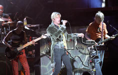 David Bowie - Apr 29, 2004 at The Woodlands Pavilion
