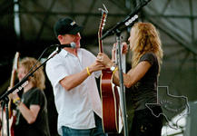 Lance Armstrong and Sheryl Crow - Oct 2, 2005 at Austin, Texas