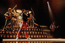 Queen - Aug 10, 1980 at The Summit